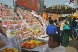 पटाखे व बर्तनों से पट गया बाजार, खरीदारी को लोगों में उत्साह