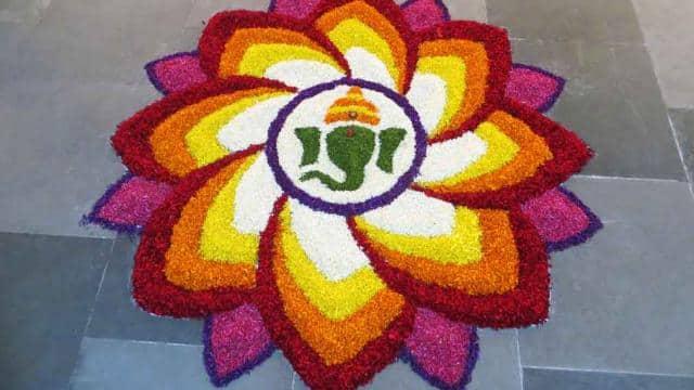 flower rangoli, simple rangoli design
