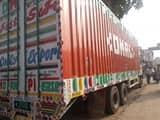 वाणिज्यकर कमिश्नर ने पकड़ा हौजरी से भरा ट्रक