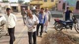 बड़ागांव में ग्रामीणों ने लाइनमैन को घेरा, सुनाई खरी-खोटी
