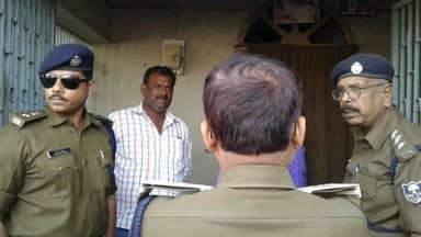 मुजफ्फरपुर बालिका गृह कांड: पूर्व मंत्री मंजू वर्मा के घर हुई कुर्की-जब्ती