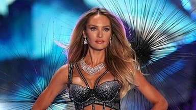 See amazing pictures of Victoria Secret Fashion Show
