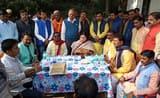 प्रभारी मंत्री ने चौपाल लगाकर जनता की सुनीं समस्या