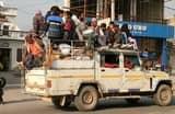 बूढ़ी दीपावली पर वाहनों की कमी से परेशान हुए लोग