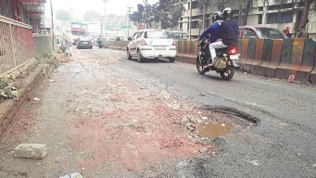 अब नहीं चलेगी लापरहवाही; गड्ढों की वजह से हुई मौतों पर सड़क ठेकेदारों पर होगा एक्शन