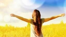 धूप सेंकने से मिलेगा फायदा, छूमंतर हो जाएगी थकान