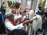मंदिर में भक्ति भाव में लीन हुए मुख्यमंत्री