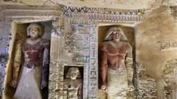 4400 year old tomb in egypt