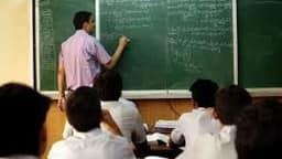 बिहार के 78000 शिक्षकों की नौकरी पर खतरा