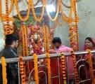 मां विंध्यवासिनी स्वरूप मवैया देवी का शृंगार