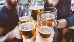 रोजाना शराब का सेवन बढ़ा सकता है इस जानलेवा बीमारी का खतरा, हो जाएं सावधान