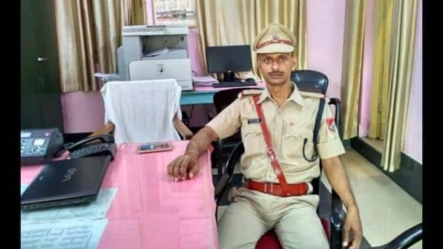 ASI of RPF bhagalpur left home and missing after write scriptures and philosophical things to her wi