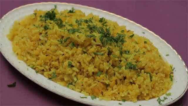 महाराष्ट्र में खिचड़ी के हैं कई स्वाद