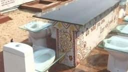 Kumbh Mela 2019: आकर्षण का केंद्र बना है कुंभ स्थित ये  Toilet Cafeteria