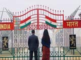 फिल्म भारत में  भारत और पाकिस्तान विभाजन स्क्रिप्ट का महत्वपूर्ण हिस्सा है।