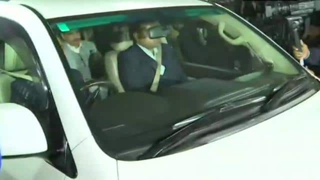 Robert Vadra leaves from the Enforcement Directorate office in New Delhi after five hours on Februar