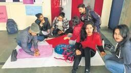 डीयू छात्रों का गणित बिगड़ा, 40 में 35 फेल