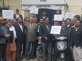 वकीलों ने बाइक रैली निकाल हाईकोर्ट बैंच की मांग दोहराई