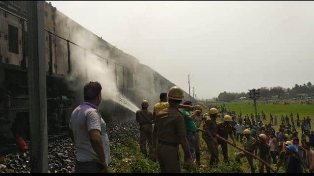 crs arrived to investigate fire in chandigarh-dibrugarh express