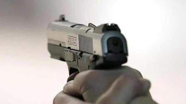 drug vendor shot dead in mathura