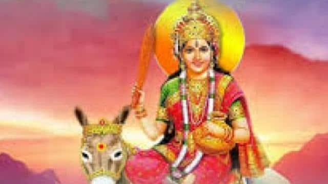 Sheetala Ashtami 2021: इस विधि से होता है शीतला अष्टमी पूजन और व्रत