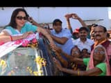 mathura  bjp candidate hema malini addressing during election campaign