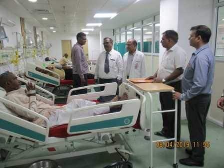 एमसीआई टीम पहुंची मेडिकल कालेज, निरीक्षण किया