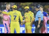 ms dhoni and umpires controversy