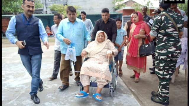 90 year old patient cast their vote in kathua  ani pic