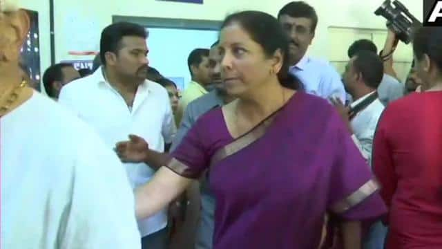 defence minister nirmala sitharaman caste their vote in jayanagar of bangalore south parliamentary c