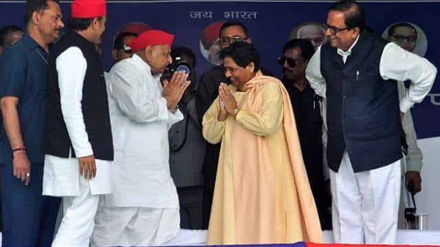 mulayam yadav real leader of backwards not fake one like pm modi says mayawati in mainpuri rally