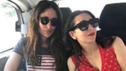 Kareena Kapoor और अमृता अरोड़ा हॉलिडे के लिए पहुंचीं लंदन, दोनों ने ऐसे की मस्ती, VIDEO वायरल