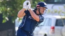 T20 INTERNATIONAL: एक ओवर में लगे 6 छक्के, 25 गेंदों में जड़ा सैकड़ा