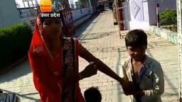 VIDEO: बच्चे ने स्कूल जाने से किया मना तो मां ने बुला ली पुलिस, जानें फिर क्या हुआ