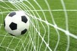फुटबाल के प्रति दिखा आकर्षण, खिलाड़ियों का हुआ सम्मान