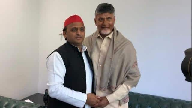 chandrababu naidu met to akhilesh yadav before the election result