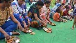 सौहार्द्र की मिसाल: मस्जिद में बनवाया भगवान शिव का भंडारा