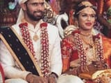 hanuma vihari with his wife