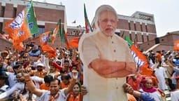 UP Lok Sabha Election: यूपी के आगरा, इलाहाबाद और कानपुर से भाजपा आगे, केवल इस एक सीट से चल रही है पीछे