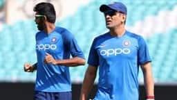 VIDEO: वर्ल्ड कप से पहले यह मजेदार खेल खेलते हुए नजर आई टीम इंडिया