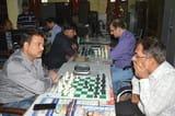 एलआईसी में शतरंज के खेल में दी सहमात