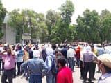 आयोग में भ्रष्टाचार के खिलाफ आंदोलित छात्र, किया प्रदर्शन