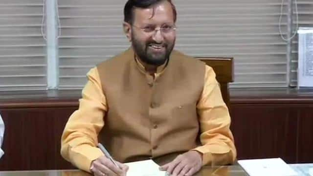 delhi  prakash javadekar takes charge as the minister of environment  forest and climate change