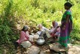 पारडीह इंदिरा कॉलोनी में तीन साल में नहीं निकला बोरिंग से पानी