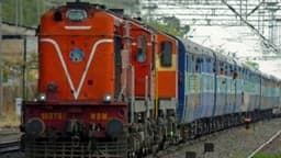नॉर्दर्न रेलवे में डॉक्टर और जीडीएमओ पद के लिए वैकेंसी, यहां पढ़ें पूरी जानकारी