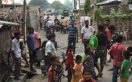 मुजफ्फरपुर में बिजली संकट पर जगह-जगह बवाल, पानी के लिए भी हाहाकार