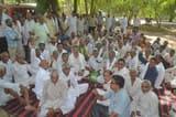 भाकियू का धरना, प्रस्तावित बिजली दरों का किया विरोध