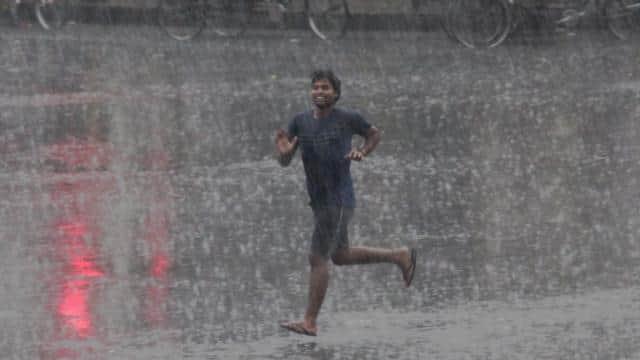 lucknow  rain  relief