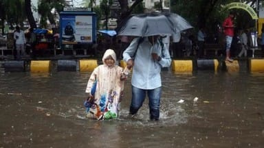 Mumbai Rains LIVE Updates: 2019 local trains cancelled