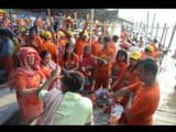 shravani mela 2019  between troubles shiva devotees started journey with kanwar for babadham
